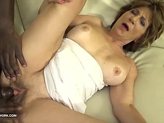 Ass, Jizz, Sucking, Old, Mommy, Interracial, Drilled